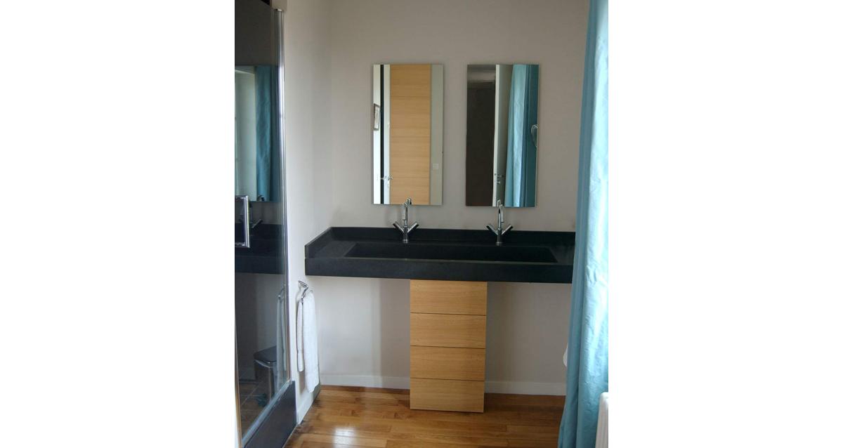 pierre agencement salles de bain. Black Bedroom Furniture Sets. Home Design Ideas